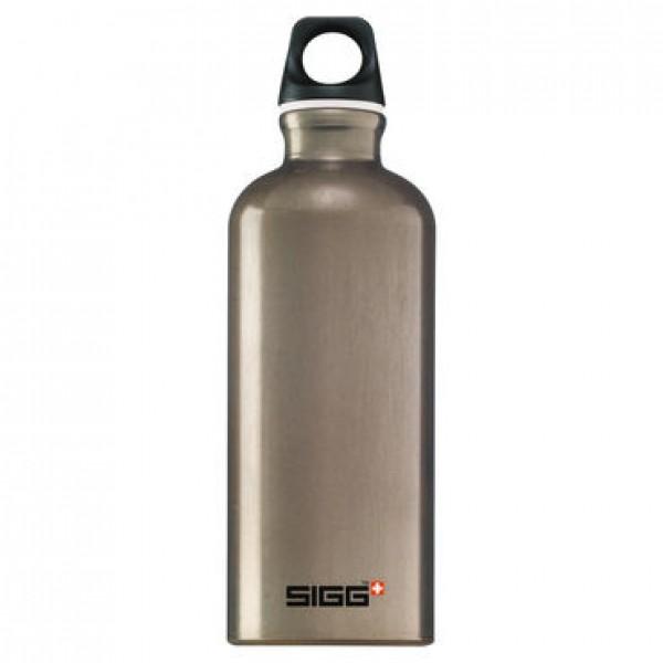 SIGG Traveller Smoked Pearl- Svájci Fémkulacs - Barna színben - 600 ml